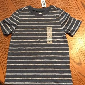 NWT Old Navy Boys size 5T striped tee shirt